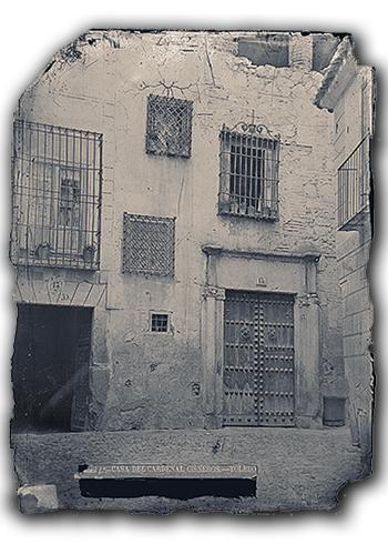 La Casa de las Cadenas a finales del siglo XIX fotografiada por Casiano Alguacil. Imagen del Archivo Municipal de Toledo