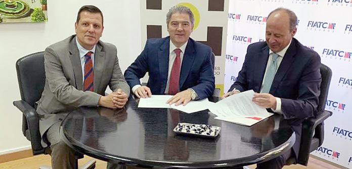 Firma del convenio con FIATC Seguros