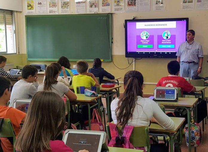 Proyecto Carmenta de digitalización en las aulas