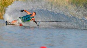 Deportista de esquí náutico en Seseña
