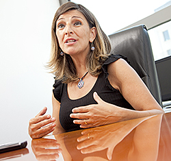 Yolanda Díaz, Diputada de Podemos