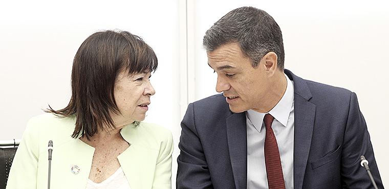 Pedro Sánchez, Comisión Europea
