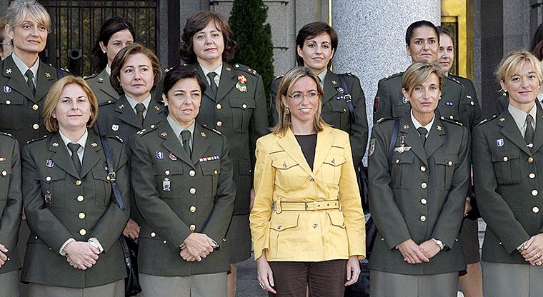 La entonces ministra de Defensa, Carme Chacón