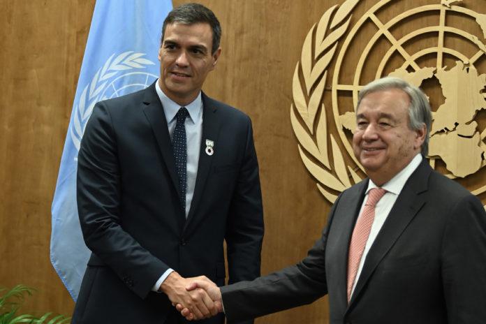 El Secretario General de la ONU, Antonio Guterres, junto a Pedro Sánchez en la cumbre del clima en la ONU